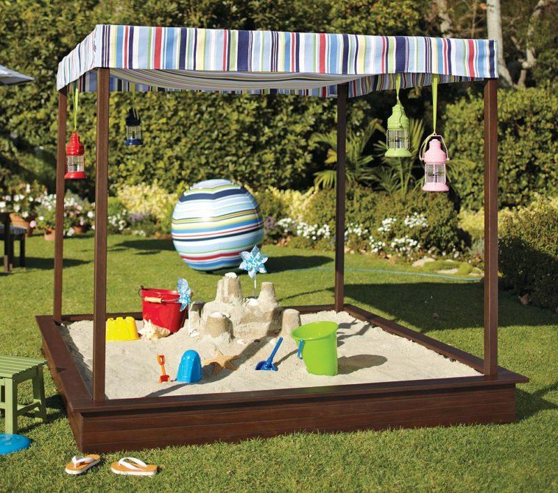 Песочница для детей