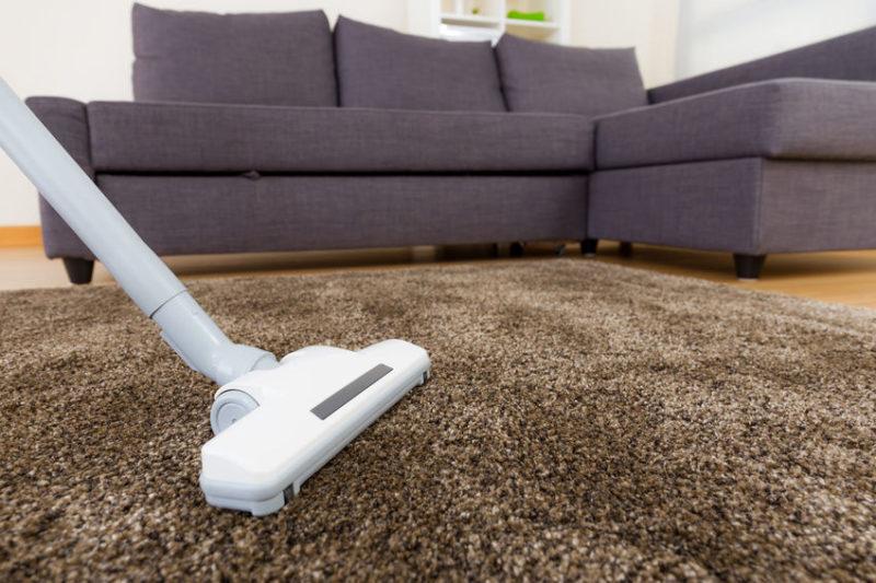 Чистка ковров в домашних условиях: народные средства и бытовая химия