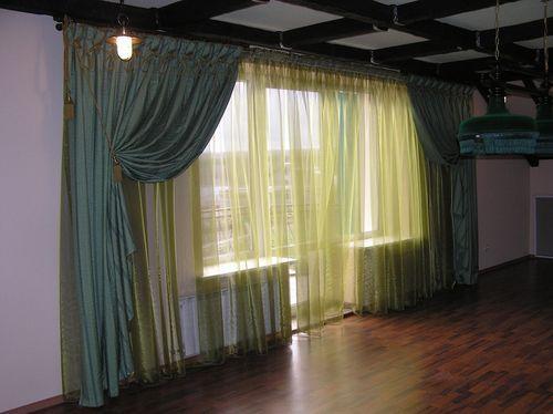 Итальянский стильный декор штор в зал
