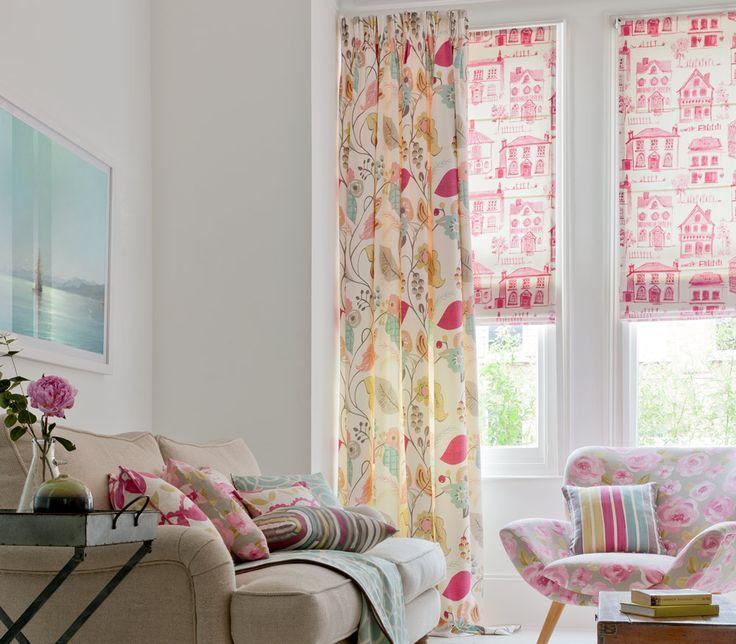 Римские шторы украшенные цветами