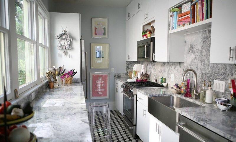 Кухня: Мраморные кухонные фартуки