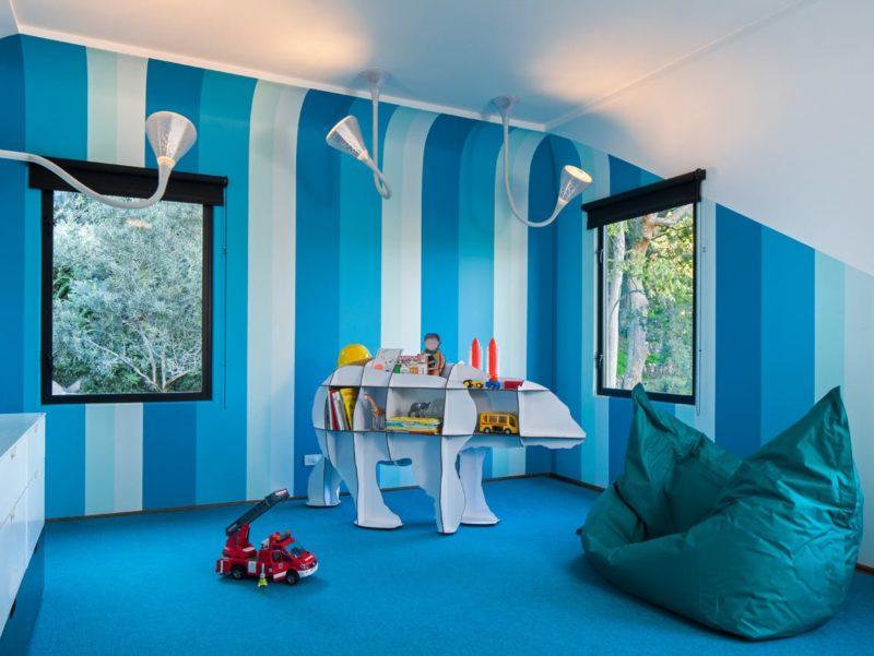 Комбинированная покраска стен: стены покрашены в несколько цветов