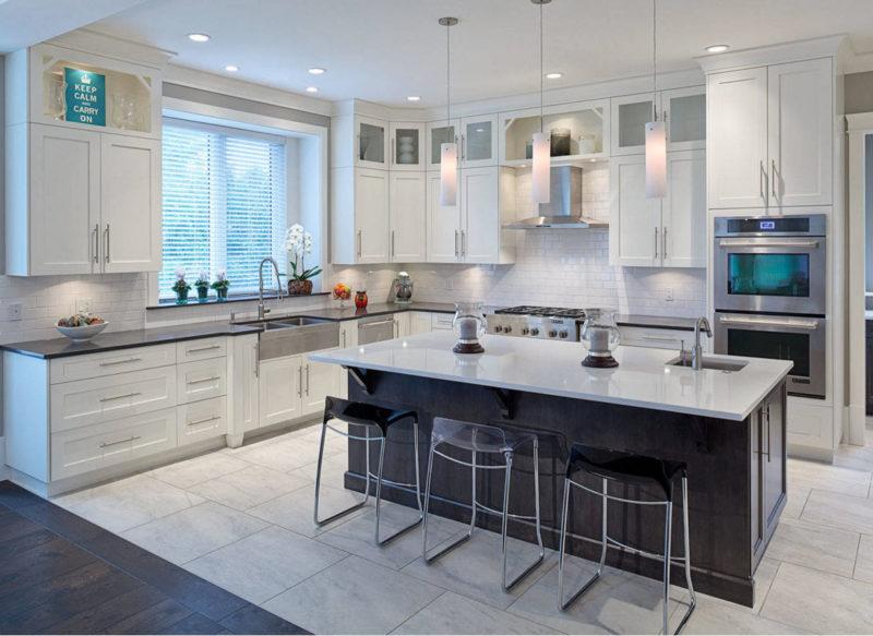 Дизайн: контрастное оформление кухни