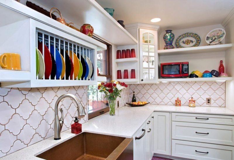 Керамическая плитка на кухне как элемент декора
