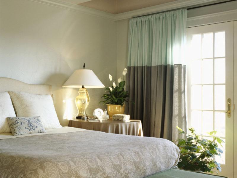 Шторы в красивую спальню