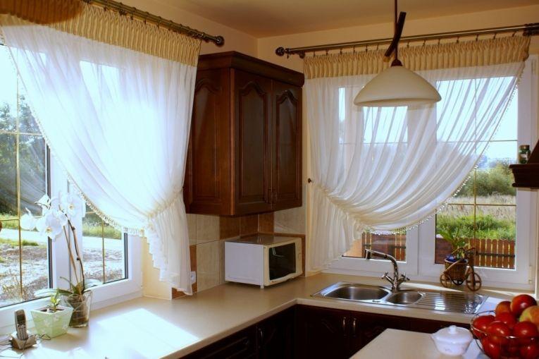 Кухня: что такое драпировка штор