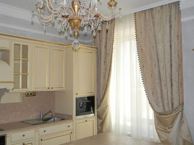 Дизайн интерьера: гардины на кухню