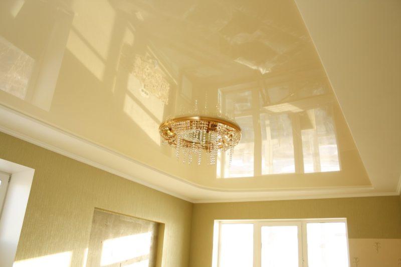 выбор: натяжной или подвесной потолки