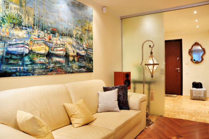 Картины как элемент декорирования комнаты