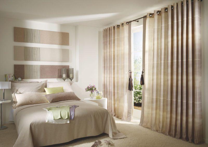 Спальня: оформление окна шторой с люверсом