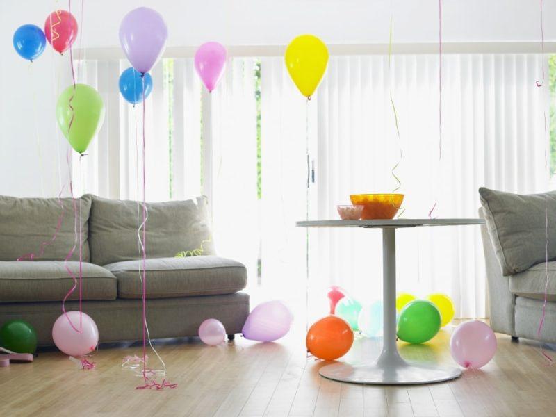 декор интерьера: украшение комнаты воздушными шарами