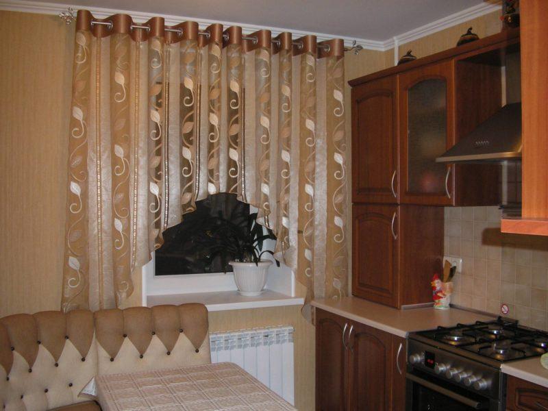 штора арка для кухни