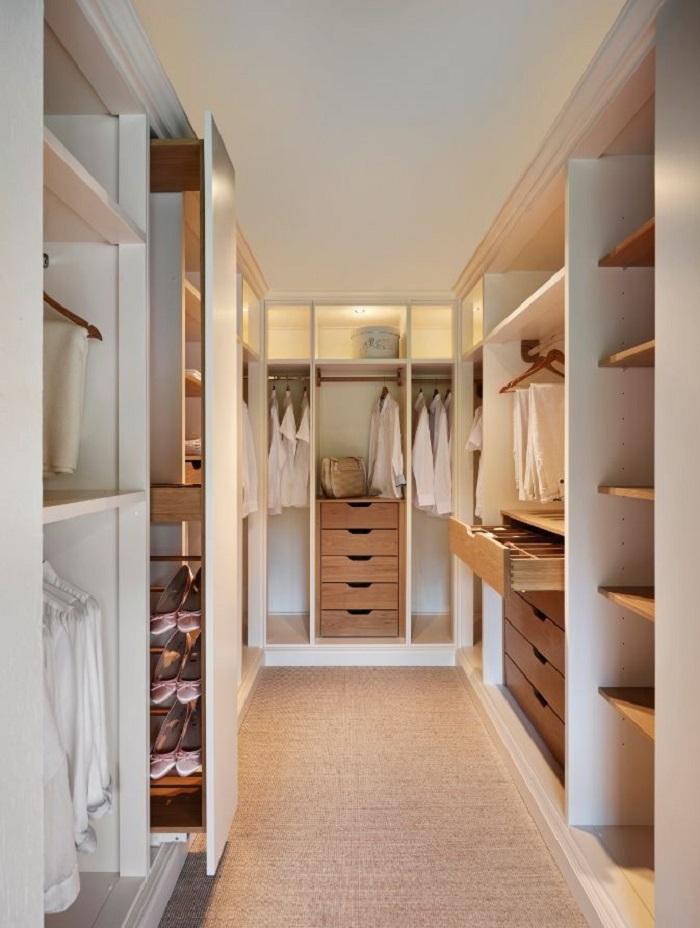 Мастерская в гардеробной