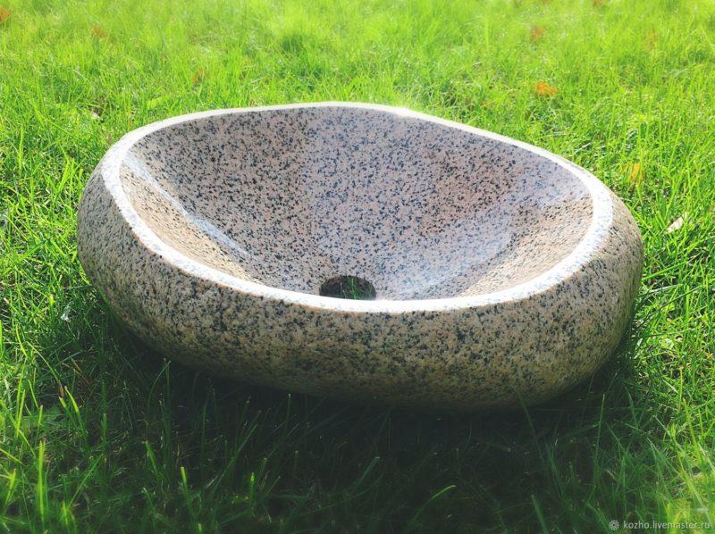 накладная раковина из камня на столешницу