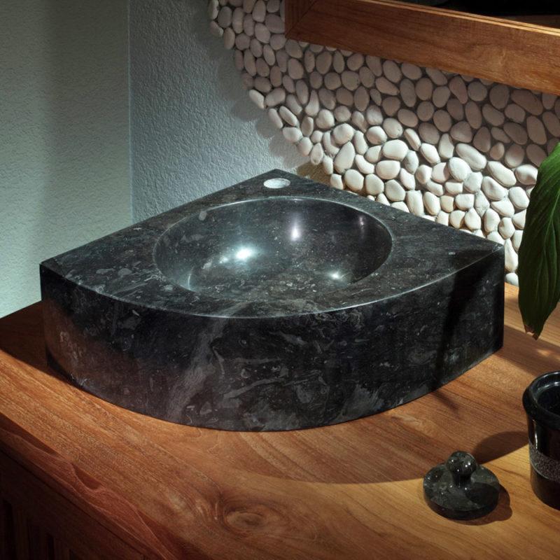 угловая накладная раковина из камня на столешницу