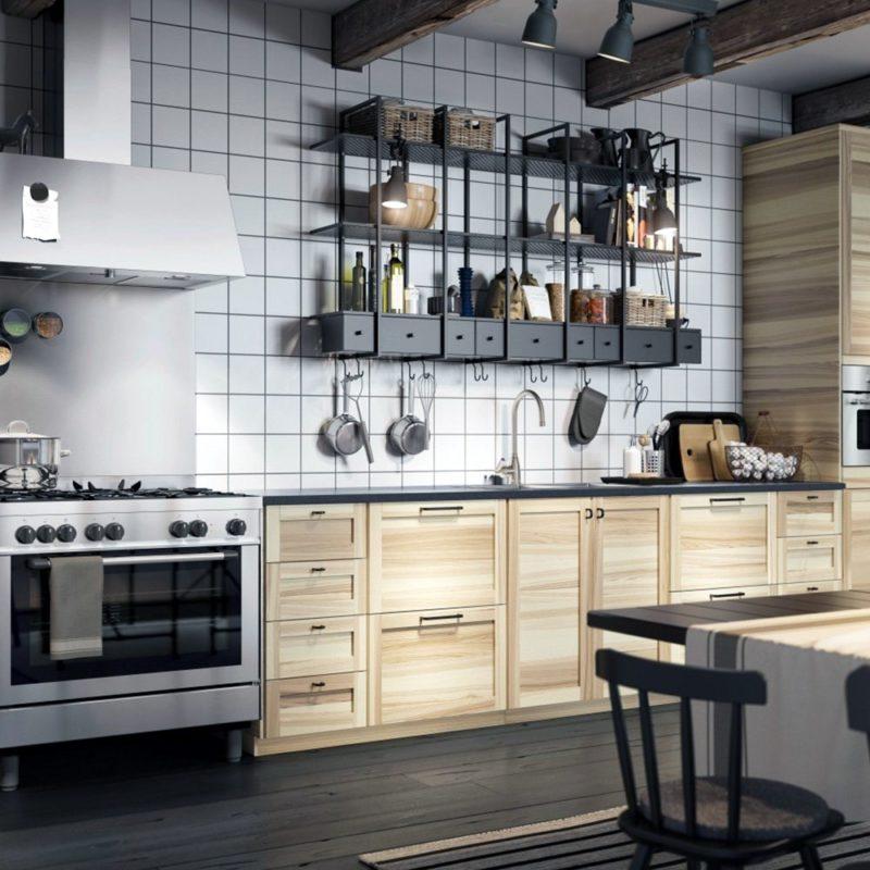 Как самому повесить на кухне металлические полочки