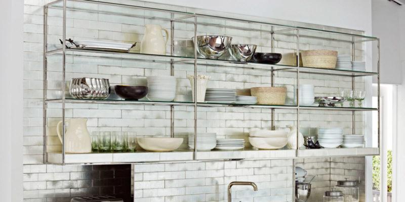 Кухонные полки: выбор материала