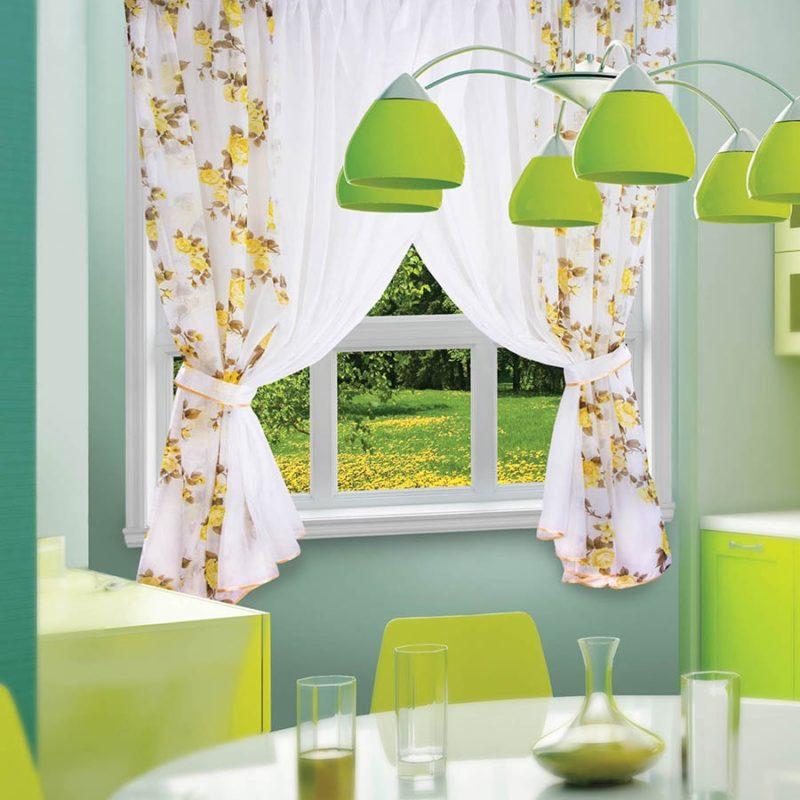 как подобрать двухцветные шторы в кухню