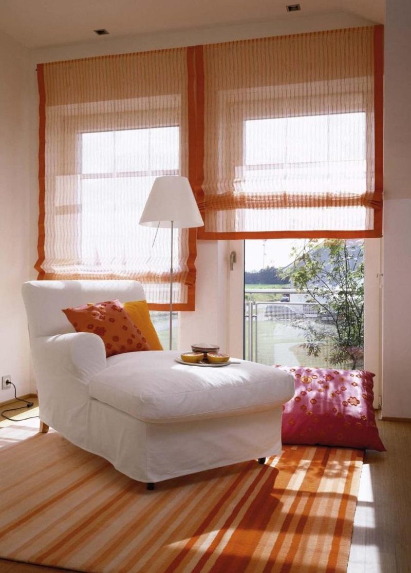 Шторы для балкона: рулонные