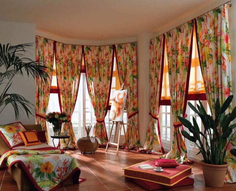 Особенности пошива двухцветных штор из ситца