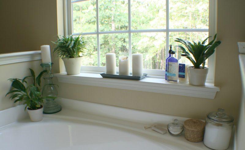 Полка для цветов в ванную комнату своими руками