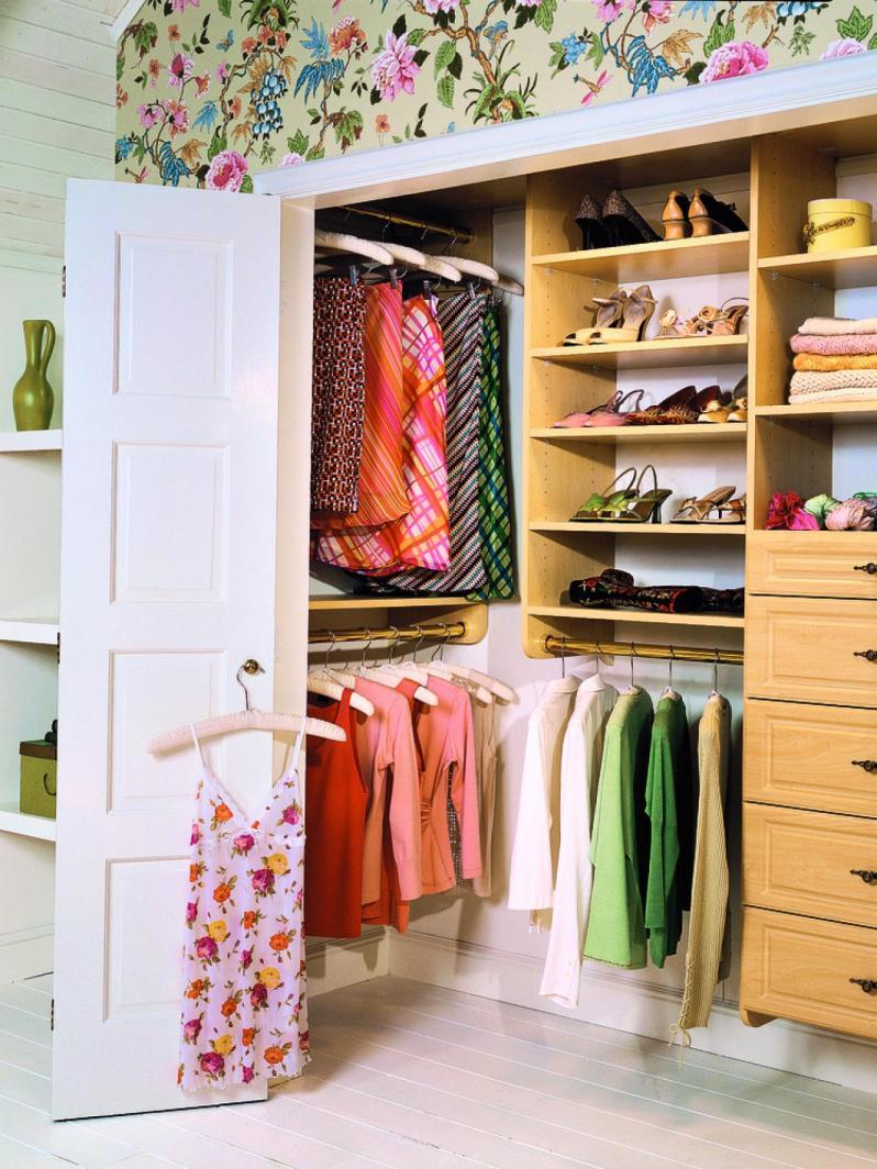 Оформление дверей в гардеробной