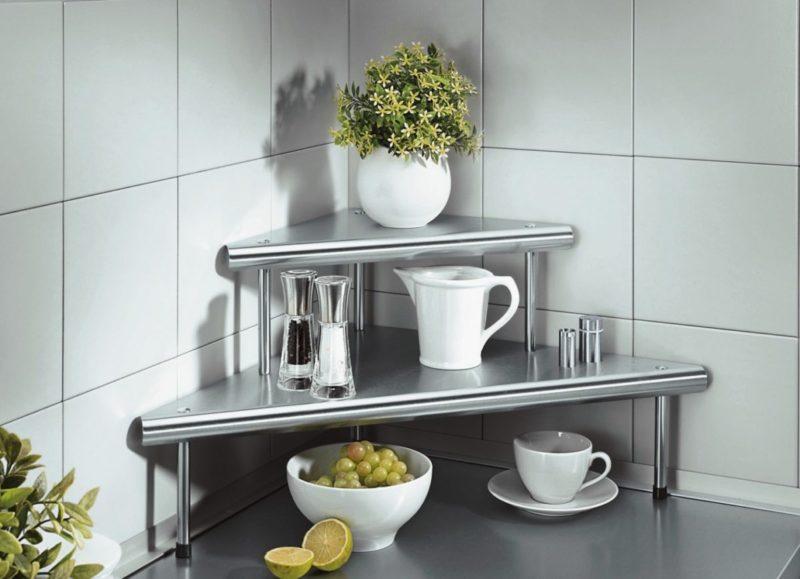 Кухня: угловые полки для небольшой кухни