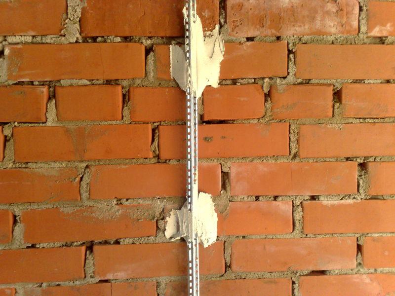 Ремонт в доме: выравнивание стен методом маяки