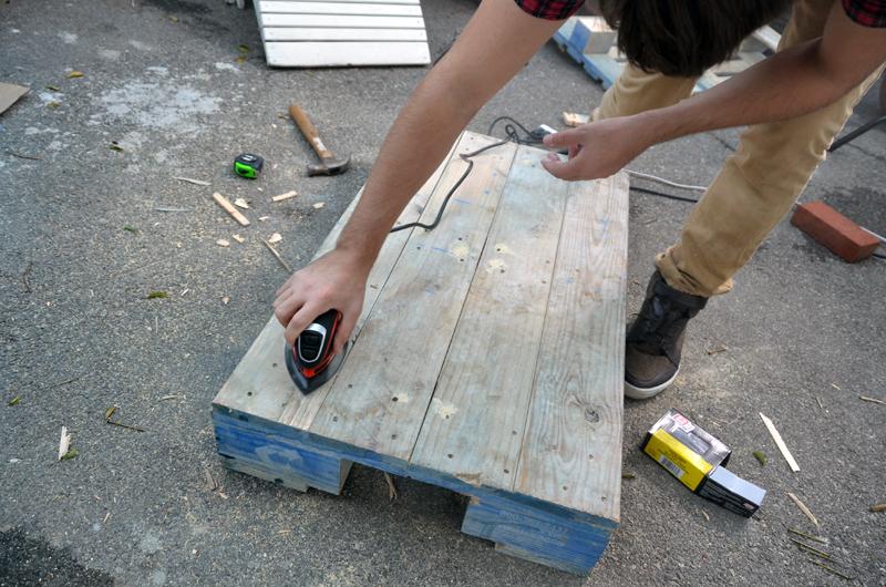 шлифовка поддона перед началом работ