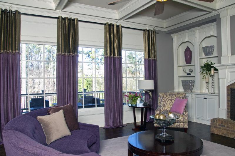 Фиолетовые шторы и стиль модерн