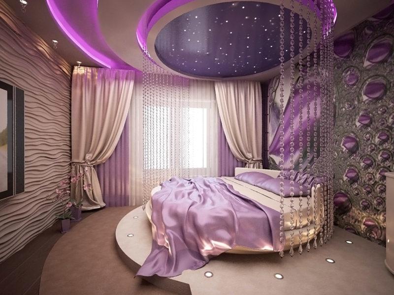 Фиолетовые шторы в оформлении помещения