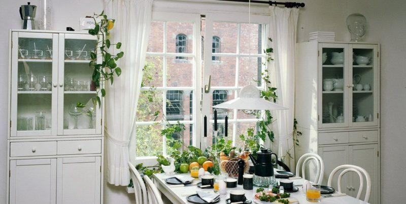 Декор кухни шторами в стиле прованс