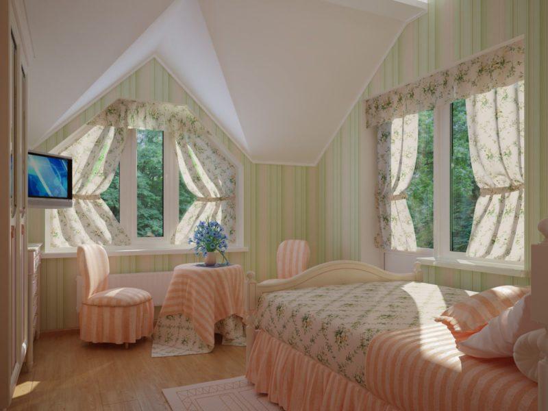 Шторы до подоконника для маленькой спальни