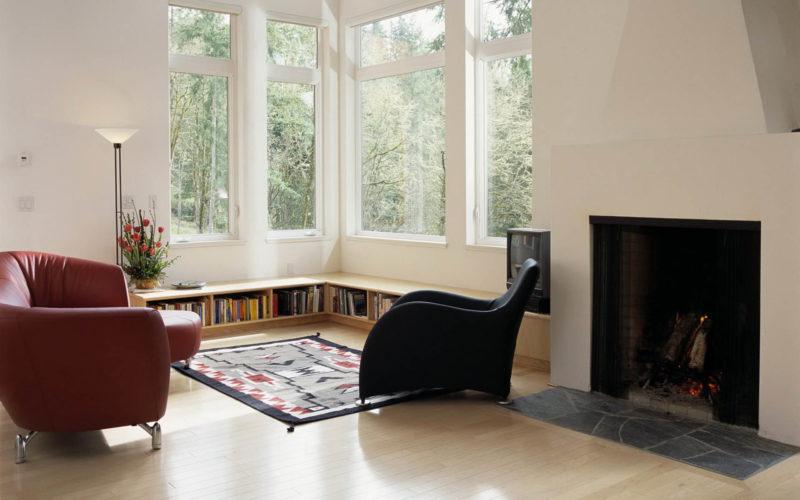Дизайн двух окон для угловой комнаты