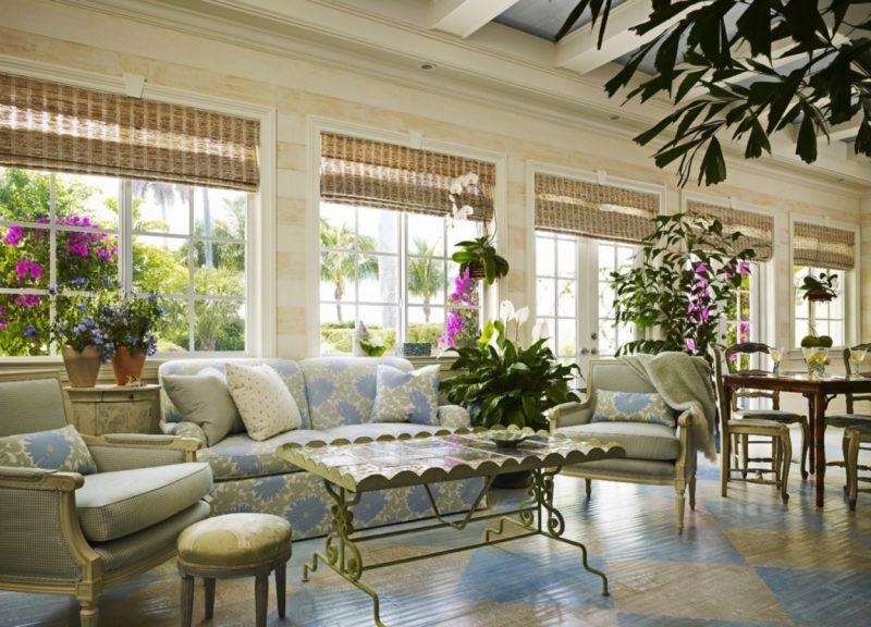 Как при помощи цветов декорировать гостиную