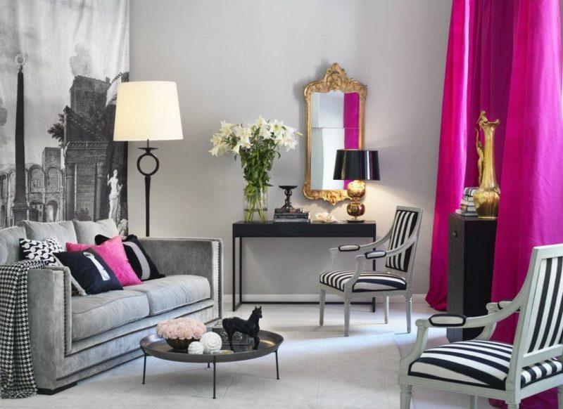 Дизайн интерьера прихожей: фиолетовые шторы