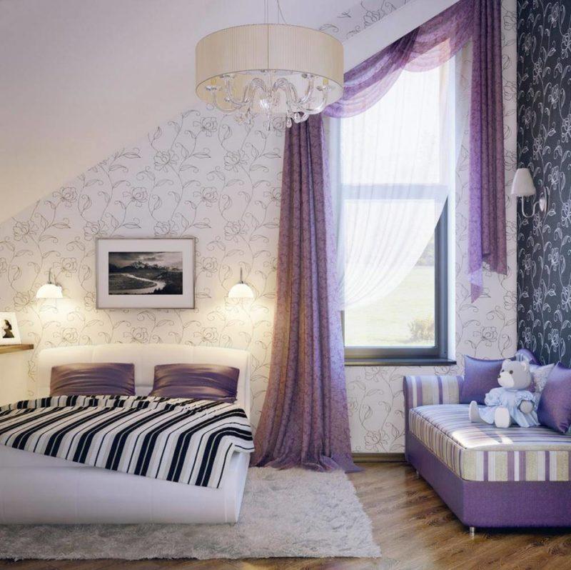 Фиолетовые длинные шторы в интерьере