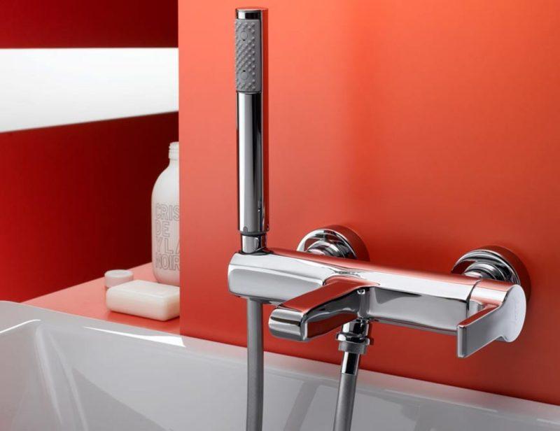Как правильно выбрать смеситель для ванны и гигиенический душ для унитаза